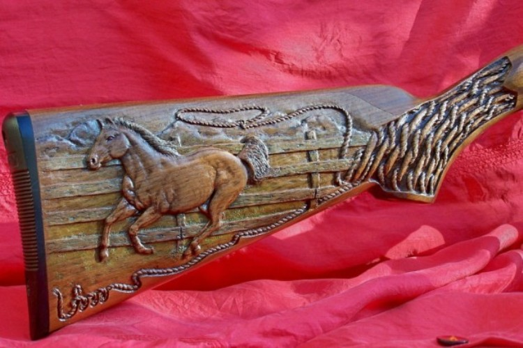 Gun stock carving custom woodcraft studio woodcrafting